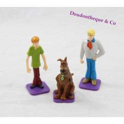 Lot of 3 Scooby - Doo TM & HB Fred Scooby and Shaggy figures