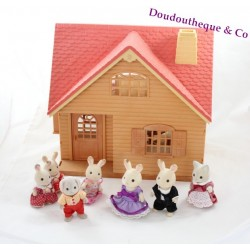 Maison Sylvanian Families Cosy Cottage starter home + figurines