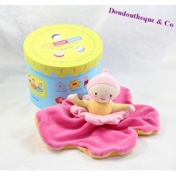 Doudou plat poupée Katherine Roumanoff fleur rose et jaune Dim Dam Doum Moulin Roty