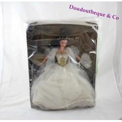 Poupée Barbie Sissi Impératrice MATTEL Sissy robe blanche et doré