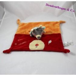 Doudou plat hérisson JOGYSTAR Kiabi Léon le hérisson rouge orange champignon 26 cm