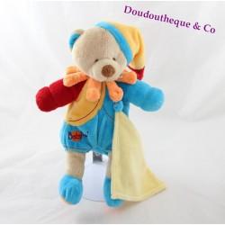 Peluche ours BABY NAT' mouchoir jaune bonnet bleu rouge orange 27 cm