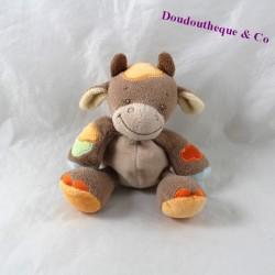 Mini doudou vache NATTOU Little Garden marron orange hochet grelot 13 cm
