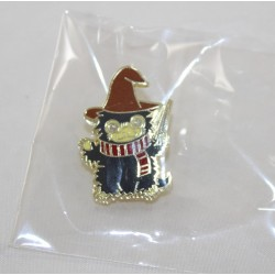 Pin's Harry Potter whistle with scarf hat and harry wand