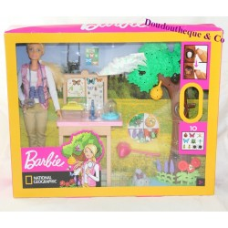 Barbie Doll MATTEL National Geographic Butterfly Study Box