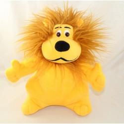 Plush lion LCL Credit...