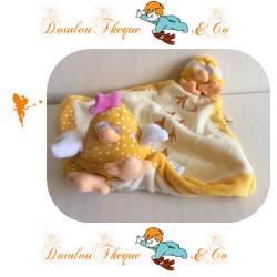 Doudou plat maman poule et son poussin jaune  LILOO 17cm