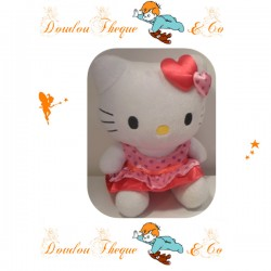 Peluche HELLO KITTY robe motif coeur 21cm
